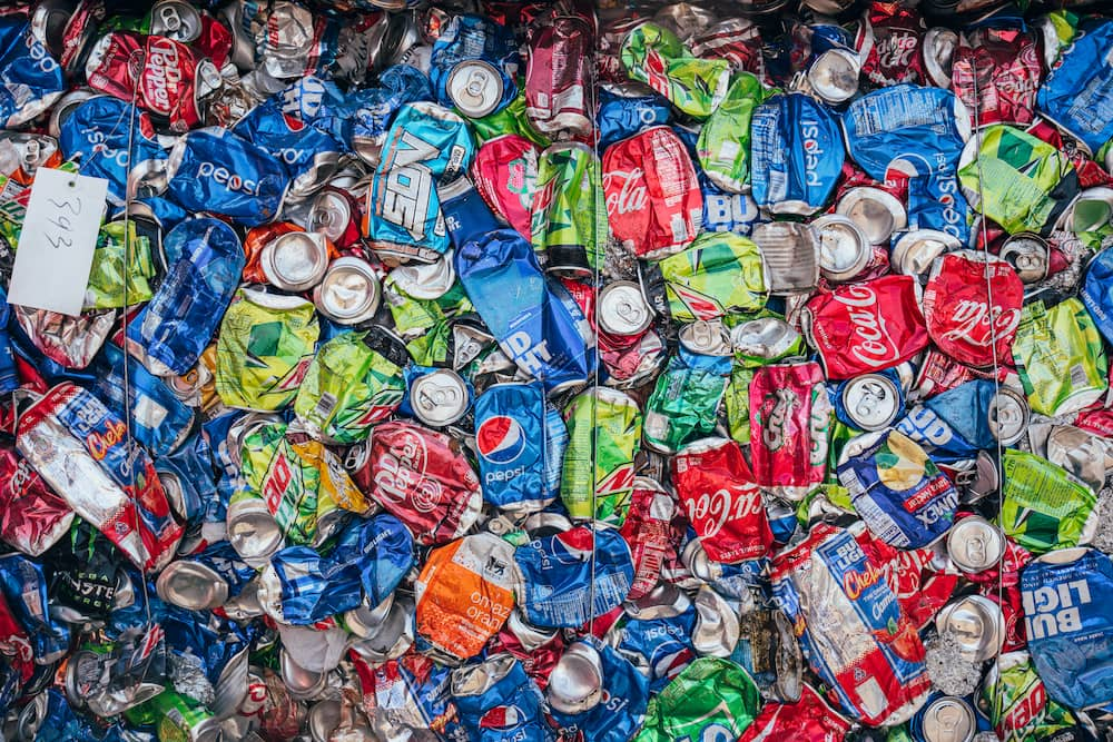 Aluminum cans as recycling material